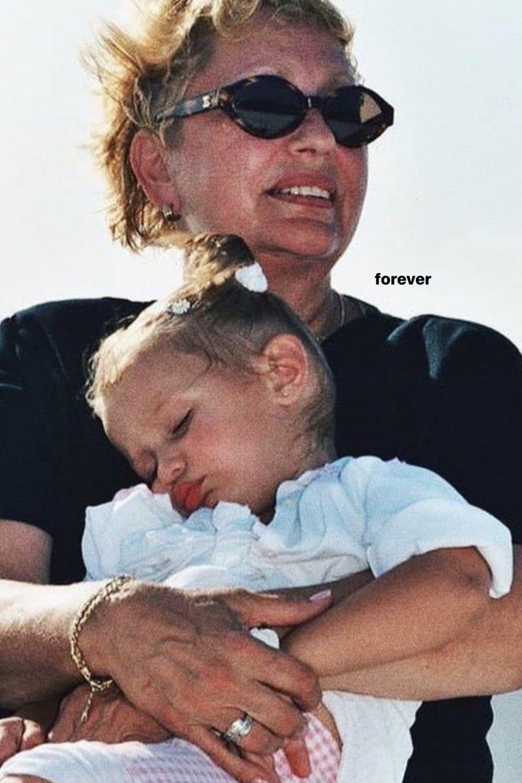 Bella Hadid nimmt Abschied von ihrer Oma