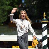 TAXI! Keine Sorge, Michelle Hunziker hat es pünktlich und stylisch zu den Filmfestspielen in Venedig geschafft.
