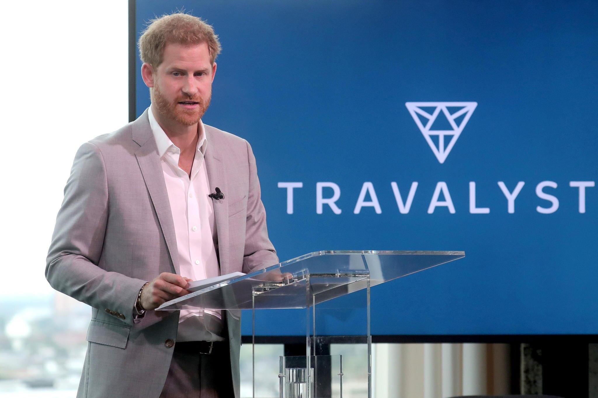 """Prinz Harry stellt am 3. September 2019 seine neue Initiative """"Travalyst"""" in Amsterdam vor."""