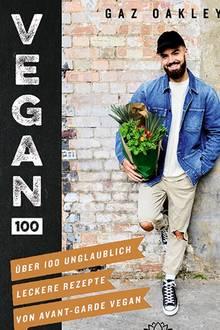 """Gaz Oakley, Koch und Gründer des Food-Blogs """"Avant Garde Vegan"""", gilt als Shootingstar der britischen Vegan-Szene. In seinem Kochbuch-Debüt präsentiert er 100 innovative und farbenfrohe fleischfreie Gerichte von """"Chorizo""""-Chili-Dogs bis Minze-Matcha-Eiscreme. (""""Vegan 100"""", Unimedica im Narayana Verlag, 224 S., 24,80 Euro)"""