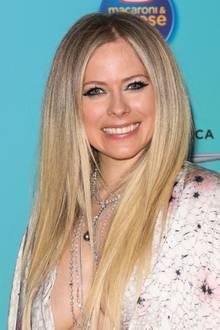 Avril Lavigne freut sich über die Verwandtschaft mit Justin Bieber