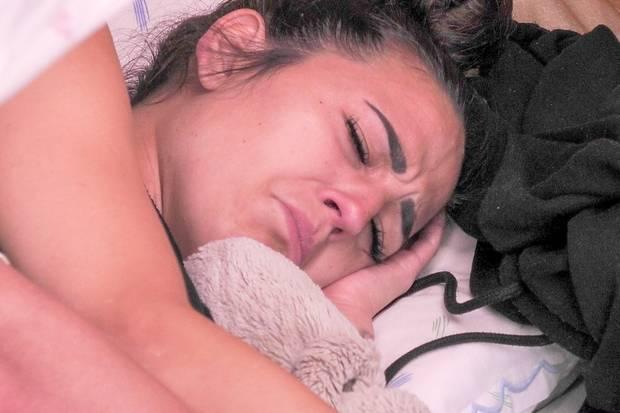 Elena Miras vermisst Yeliz und Johannes und macht ihrem Freund Mike das Leben schwer