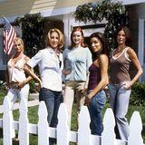 """""""Desperate Housewives"""" war von 2004 bis 2012 ein großer Serienerfolg.Nicollette Sheridan, Felicity Huffman, Marcia Cross, Eva Longoria und Teri Hatcher (v.l.) begeisterten mit ihren Nachbarschaftstreis und -intrigen über 8 Staffeln lang Millionen von Zuschauern und Fans. Zwei von ihnen haben sich gerade wieder getroffen."""