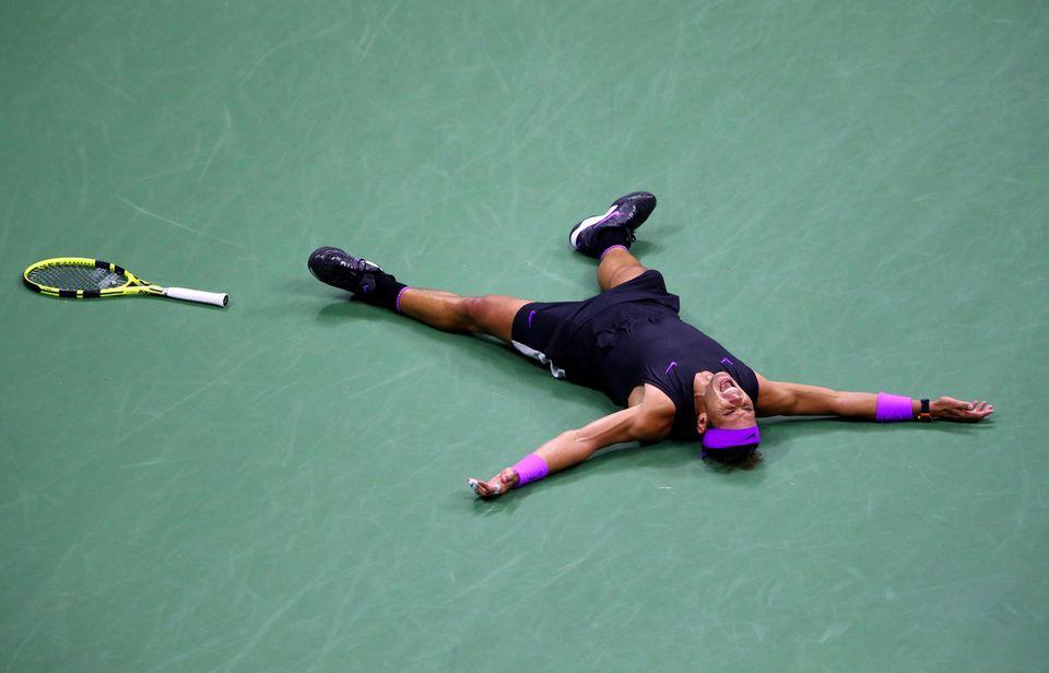 Spiel, Satz und Sieg! Rafael Nadal gewinntimFinalegegen Daniil Medvedew.