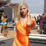 """Auch """"Victoria's Secret""""-Model Devon Windsor besucht die Show des amerikanischen Designers."""