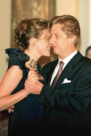 10. September 1999: Königin Mathilde und König Philippe von Belgien  Am 10. September 1999 verlobt sich der damalige Kronprinz Philippe mit Mathilde d'Udekem d'Acoz. Am 4. Dezember folgt die Hochzeit. Das Paar bekommt vier Kinder. 2013 wird Philippe König der Belgier.
