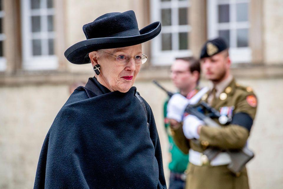 Königin Margrethe von Dänemark muss sich an strengere Sicherheitsmaßnahmen gewöhnen