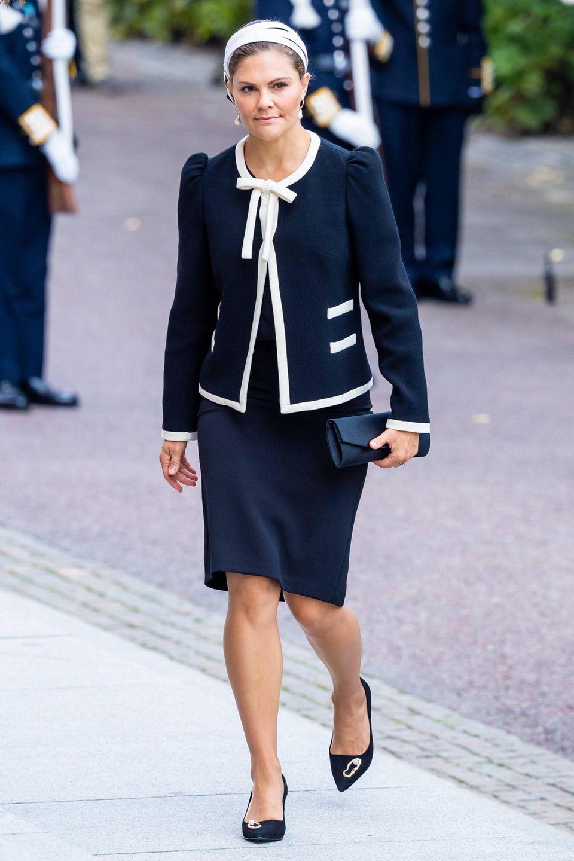 Auch Prinzessin Victoria erreicht das Parlamentsgebäude, das auf der InselHelgeandsholmen nördlich des Stockholmer Stadtschlosses liegt.