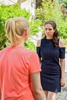 """""""Sturm der Liebe"""": Annabelle (Jenny Löffler) und Denise (Helen Barke) haben Streit. Joshua (Julian Winter) wird Zeuge."""