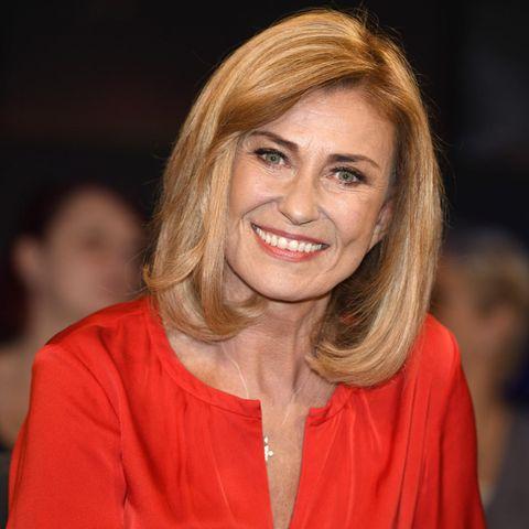 Dagmar Wöhrl: Dagmar Wöhrl im roten Kleid