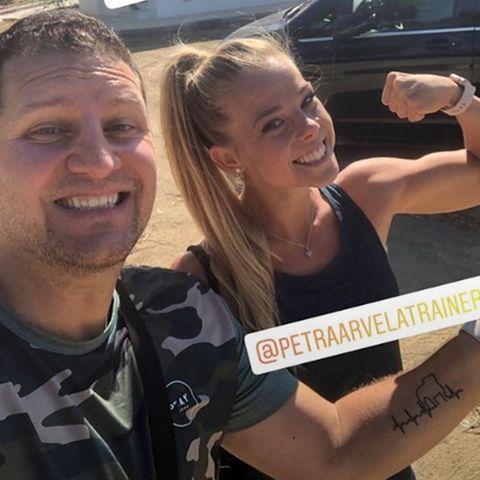 """""""The Biggest Loser""""-Coach Ramin Abtin stellt seine neue Kollegin Petra Arvela auf Instagram vor."""