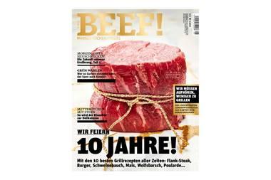 """Das Food- und Lifestyle-Magazin """"BEEF"""" feiert zehnjähriges Bestehenund wir haben einen Blick in die Jubiläumsausgabe geworfen. Bei so vielen leckeren Grillrezepten wollen wir eigentlich nur noch eins: Unsere Liebsten einladen, den Spätsommer genießen und schlemmen was das Zeug hält."""