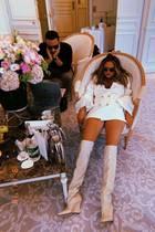 14. September 2019  Hangover am Hochzeitstag! Chrissy Teigen gratuliert ihrem Mann John Legend mit diesem witzigen Instagram-Schnappschuss zum 6. Jahrestag. Das sieht ein wenig nach Kopfschmerzen aus.