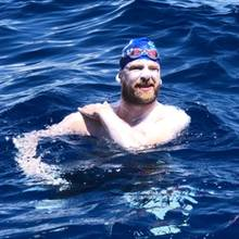 Cameron Bellamy schwimmt 151 Kilometer von Barbados nach St. Lucia