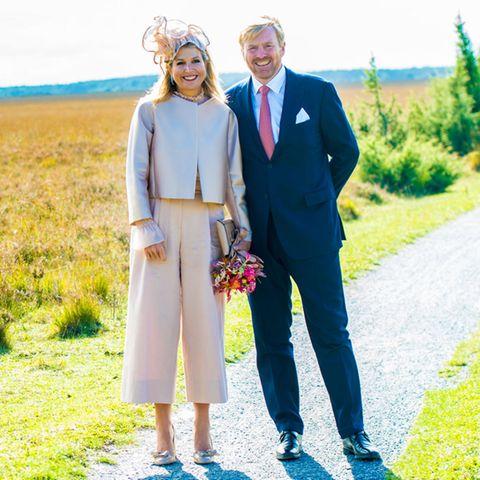 Im Nationalpark Dwingelderveld, einem Schutzgebiet mit dem größten Heide-Feuchtgebiet Westeuropas, können Königin Máxima und König Willem-Alexander kurz durchatmen.
