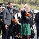 In Skjåk hat der Bürgermeister eine offizielle Begrüßung für Haakon und Mette-Marit organisiert.