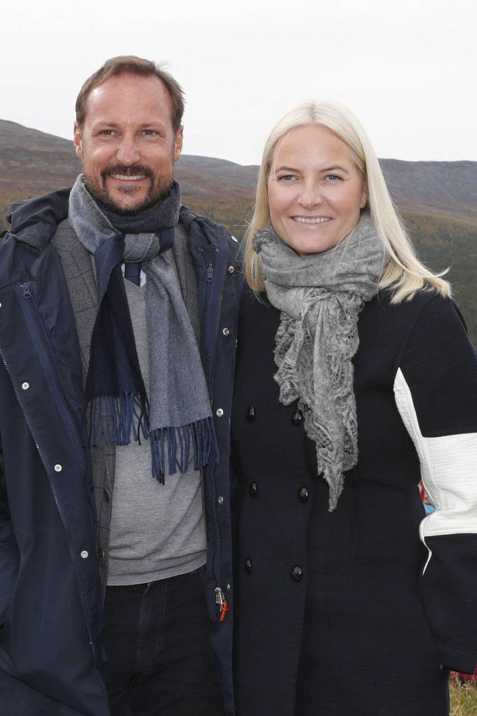 Zum Abschied posieren Prinz Haakon und Prinzessin Mette-Marit für ein Foto.