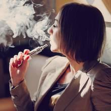 Krebsrisiko E-Zigaretten: Ist die E-Zigarette lebensgefährlich?