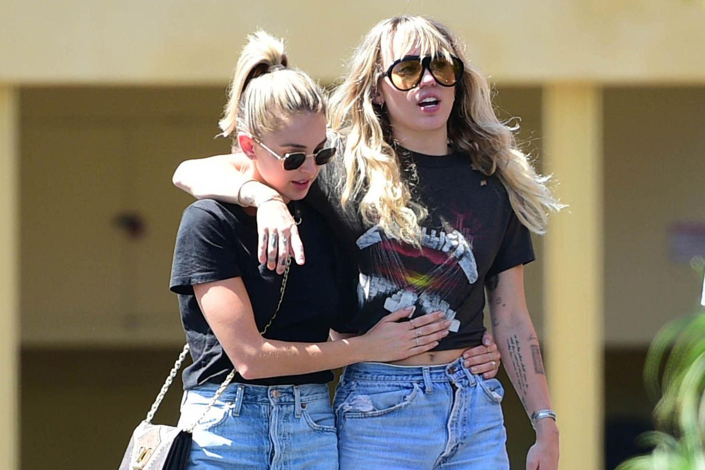 Kaitlynn Carter + Miley Cyrus