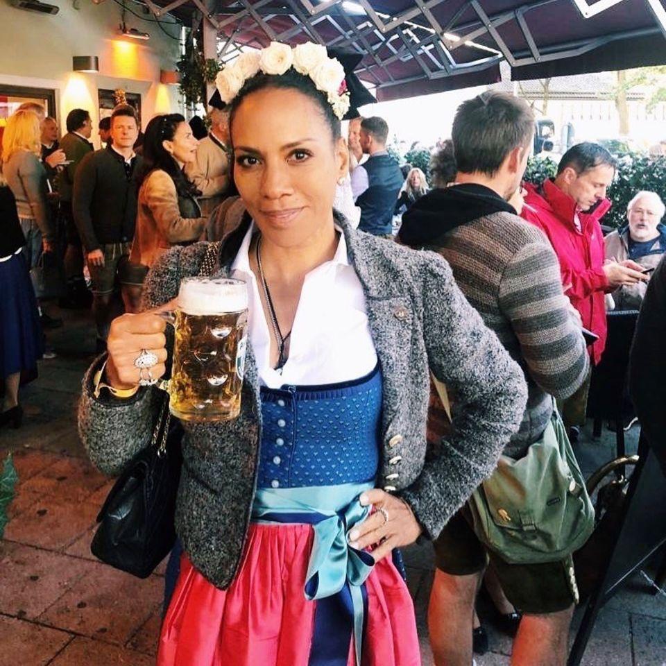 Den Auftakt des diesjährigen Oktoberfestes feiert Barbara Becker in derKäfer Wiesn Schänke.
