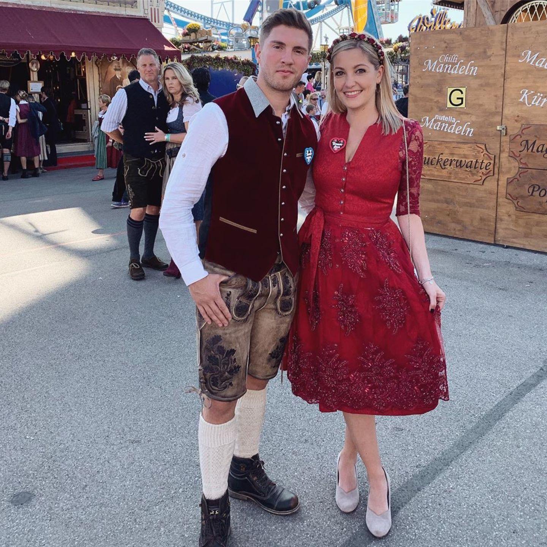 Joey Heindle macht das Oktoberfest mit Partnerin Ramona Elsener unsicher.