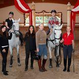 Excellence Club 2019: Hoch zu Ross und voller Vorfreude auf den gemeinsamen Ausritt sind (v.l.) Alexandra Polzin, Catharina Christe, Nilam Farooq, Anne Petersen (G+J) und Anne Meyer-Minnemann (G+J).