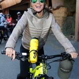 Excellence Club 2019: Am Samstag steht eine E-Bike-Tour auf dem Programm, und Nazan Eckes fährt mit Freude voraus.