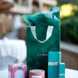 Excellence Club 2019: Zum Abschied freuen sich die Gäste über eine Goodie-Bag mit tollen Pflegeprodukten von La Mer, einer Diptyque-Kerze und feinstem Guatavita Bio-Vollrohrzucker.