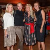 Excellence Club 2019: Gute Laune bringen diese Damen mit (v.l.): Dr. Silvia Bentzinger (Seidensticker), Catharina Christe, Astrid Bleeker (G+J) und Carola Graser-Kraus (LVMH).