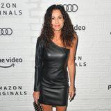 Minnie Driver zeigt sich im asymmetrischen Leder-Minidress bei der Party von Amazon.