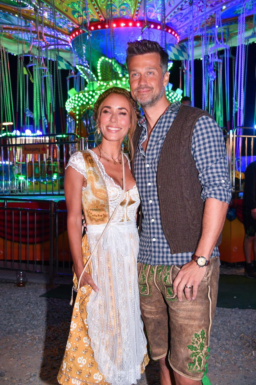 Annemarie und Wayne Carpendale besuchen den legendären Käfer-Almauftrieb.
