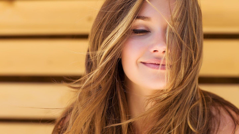 Fettige Haare Was hilft gegen Bad Hair Days   GALA.de
