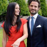 Ein diamantbesetzter Verlobungsring krönt die große Liebe von Sofia Hellqvist und Prinz Carl Philip. Der Schweden-Royal designt das schöne Schmuckstück selbst und macht Sofia damit zu seiner Verlobten.