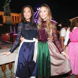 Oktoberfest 2019: Lilly Becker und Alessandra Meyer-Wölden zeigen sich auf dem Oktoberfest gut gelaunt und freundschaftlich miteinander.