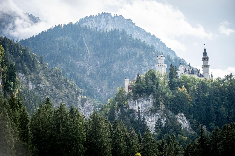 """Brain, Body & Soul: Mit Blick auf das berühmte Schloss Neuschwanstein startet das """"Buddy Weekend"""" 2019 unter dem Motto """"Brain, Body & Soul""""."""