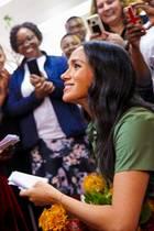 """Prinz Harry + Herzogin Meghan: Am Nachmittag besucht Herzogin Meghan die Vereinigung """"ActionAid"""" zur Gewaltaufklärung für Frauen und Mädchen in Johannesburg."""