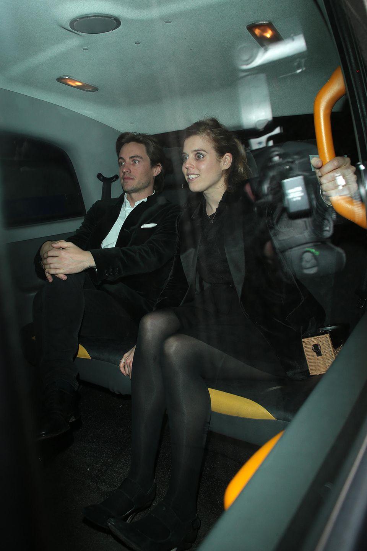 28. März 2019  Date-Night: Beatrice und Edoardo stürzen sich ins Londoner Nachtleben. Hier verlassen sie den eleganten Klub Annabel's.