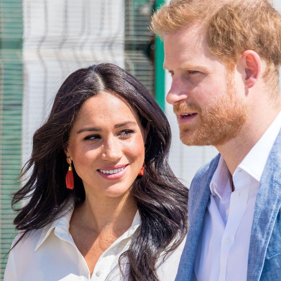 Prinz Harry + Herzogin Meghan: Die Bilder ihrer stürmischen Liebe