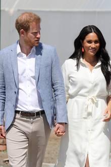 Prinz Harry + Herzogin Meghan in Afrika: Tag 10 Im Rahmen ihrer offiziellen Südafrika-Reise besuchen Prinz Harry und Herzogin Meghan gemeinsam den Tembisa Township in der Nähe von Johannesburg.