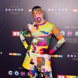 Das witzigste Outfit des Abends trägt Jorge Gonzalez