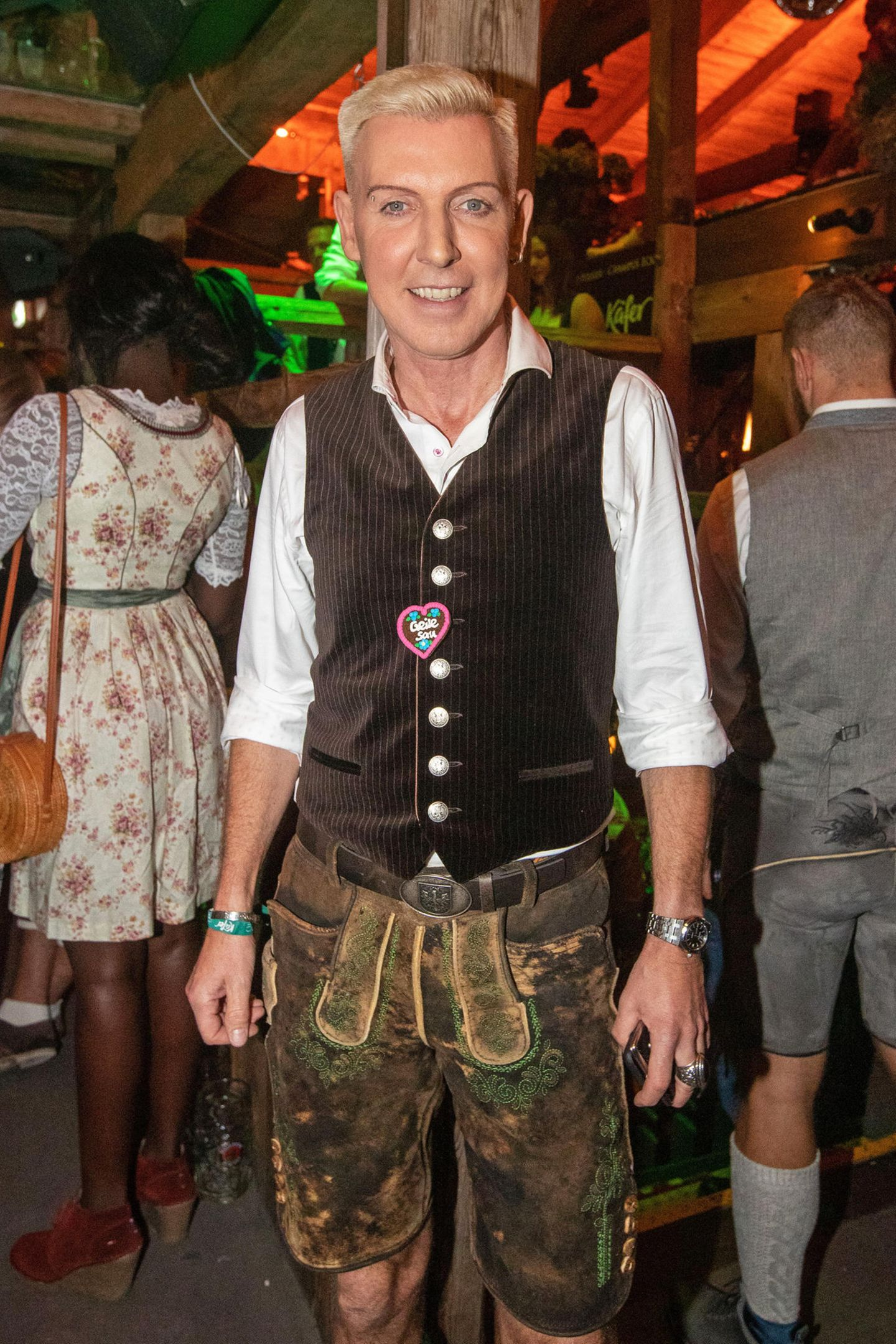 "How much isthe Maß? ""Scooter""-Frontmann H.P. Baxxter zeigt sich ganz traditionell in Lederhosen."