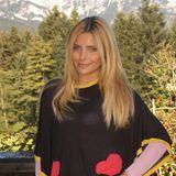 2011  Mit Mittelscheitel und leicht durchgestuften Haaren, macht die Tochter von Simone Thomalla in Südtirol eine großartige Figur.