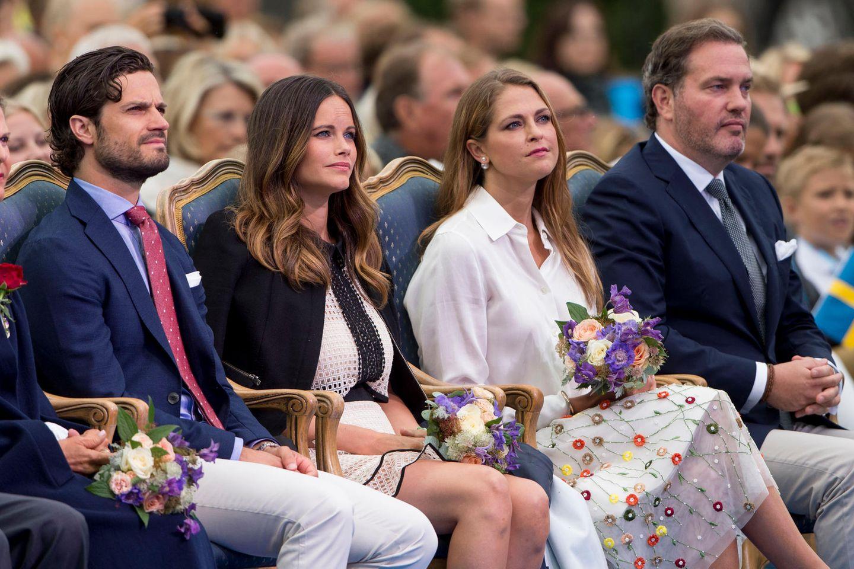 Prinz Carl Philip mit Ehefrau Prinzessin Sofia sowie Prinzessin Madeleine mit Ehemann Chris O'Neill