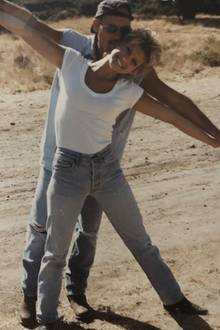"""Faith Hill und Tim McGraw  Kennengelernt haben sich die Country-Stars auf der """"Spontaneous Combustion""""-Tour in 1996. Seitdem geht das Paar gemeinsame Wege und hat drei Kinder. Aber nichtnur privat, sondern auch musikalisch sindFaith Hill und Tim McGraw ein eingespieltes Team."""