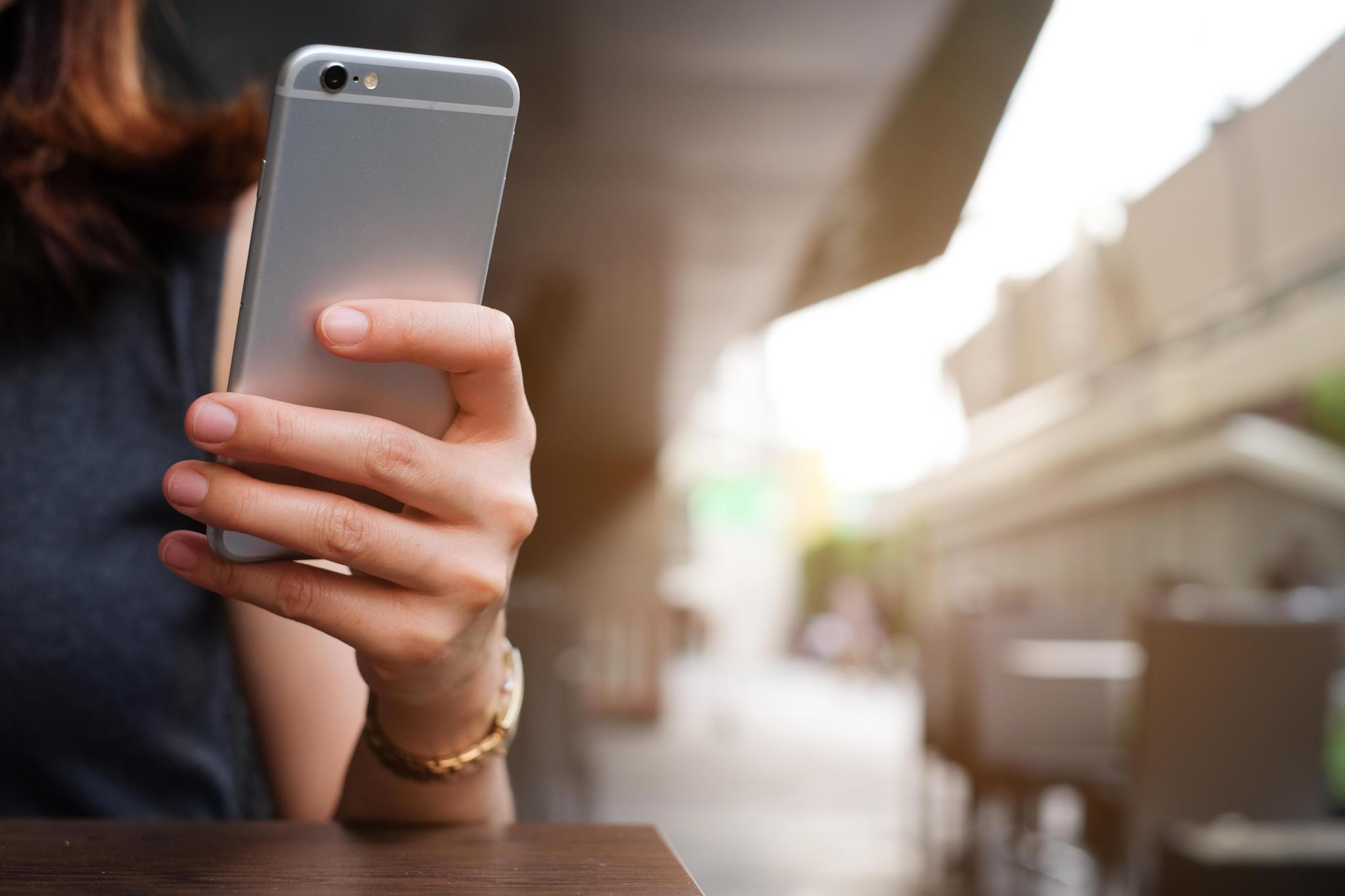 Stalking auf Social Media? Für diese Sternzeichen ist das gar kein Problem!