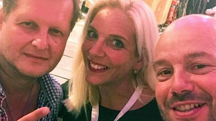Jens und Daniela Büchner mit Markus Simons