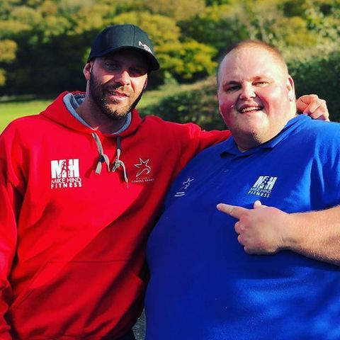 Dibsy mit seinem Trainer Mike Hind