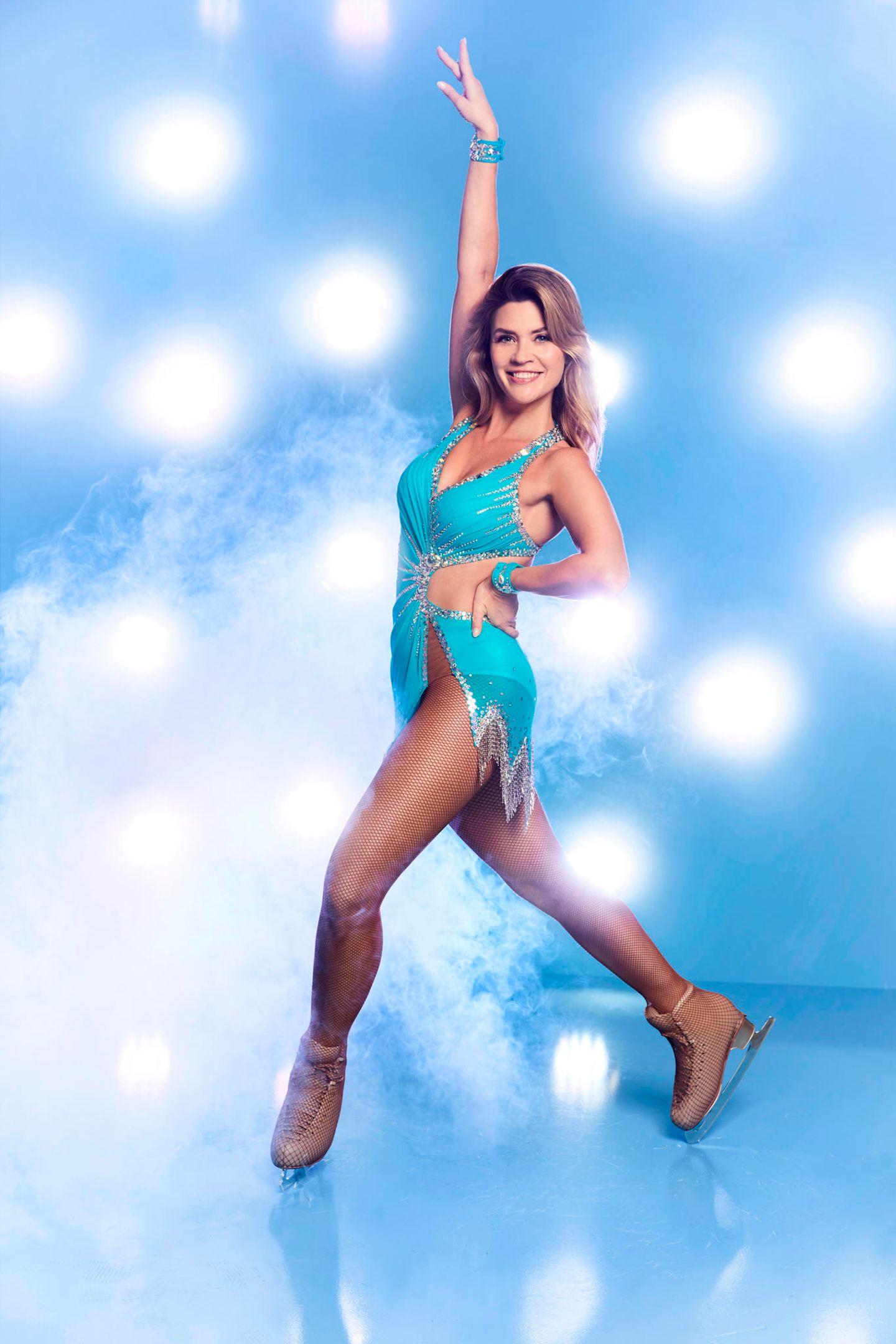 """Nadine Klein, 34  Von der Rosenkönigin zur Eisprinzessin? Als """"Bachelorette"""" verdrehte sie einigen Männern den Kopf. Schafft sie das auch bei der Jury? Ihre Leidenschaft für Ballett und Hip-Hop könnte ihr dabei helfen."""