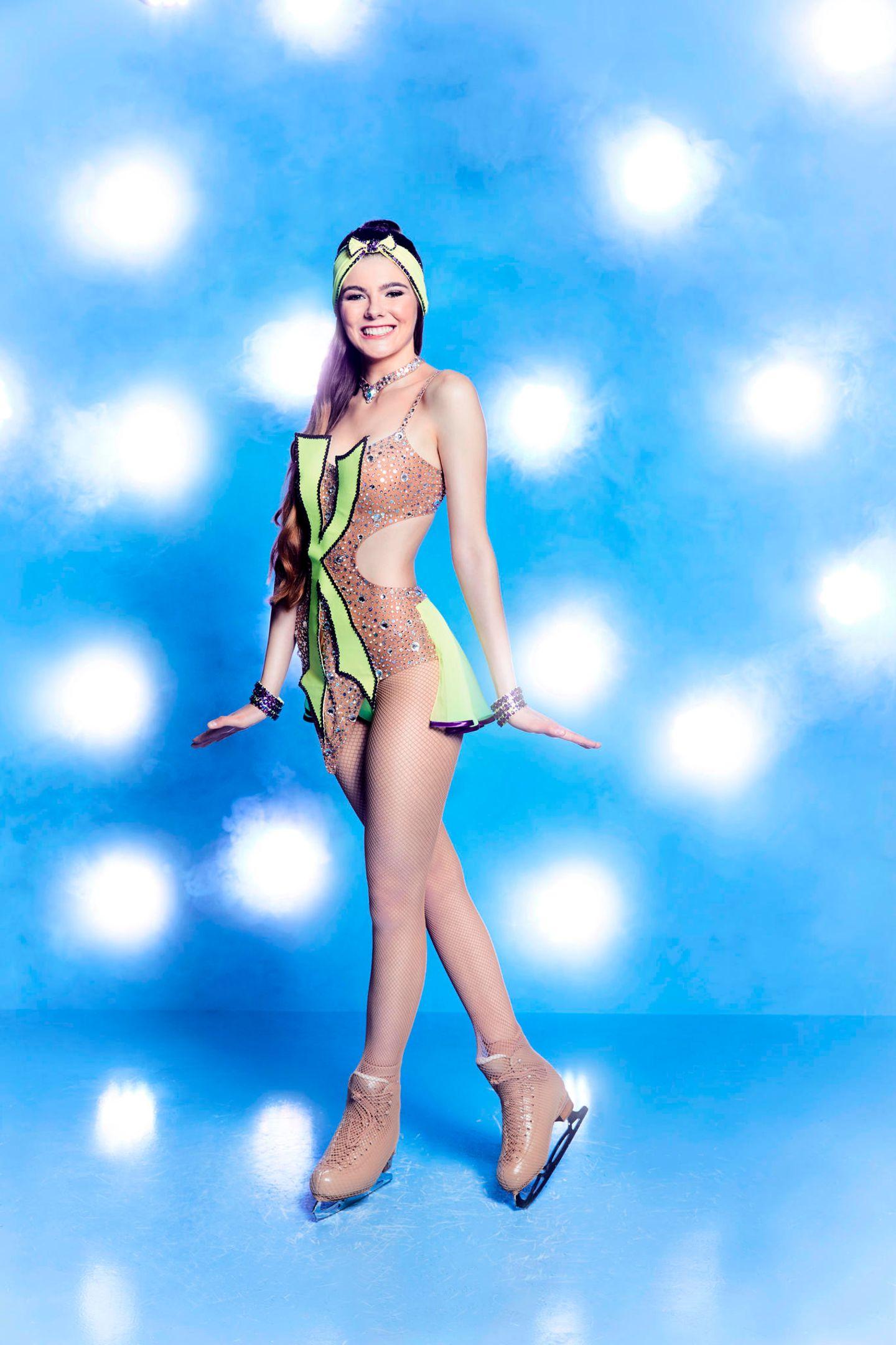 """Klaudia Giez, 23  Bei """"Germany's next Topmodel"""" fiel sie als """"Klaudia mit K"""" durch ihre liebenswerte Tollpatschigkeit auf. Ob sie im Eislaufkostüm eher stolpert als tanzt oder doch als grazile Läuferin die Jury von sich überzeugen kann, wird sich zeigen."""