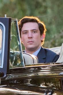 """Wie gut das Casting von Emma und Josh als """"Diana""""und """"Charles"""" war, wird sich dann ab Mitte November zeigen. Dann erscheint """"The Crown"""" mit dem neuen Darsteller bei Netflix."""